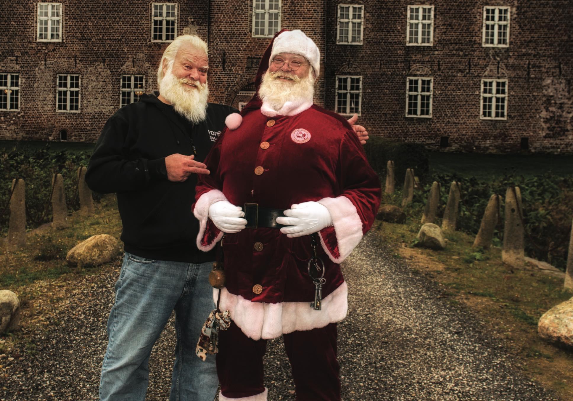 Julemanden og hans menneskelige forklædning